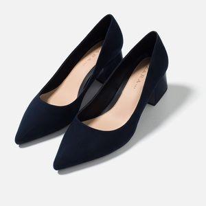 Zara navy blue medium heel pointed shoes