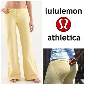 lululemon athletica Pants - Lululemon Athletica Voyage Sweatpants