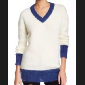 Band Of Outsiders Sweaters - Band of Outsiders V-Neck Sweater Size Medium/Large