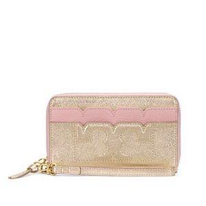 Tory Burch Handbags - ✨NWT✨ Tory Burch Metallic Smartphone Wristlet Gold