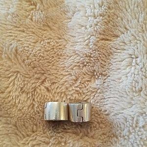 Pandora Jewelry - Pandora Silver Clip