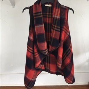 Altar'd State Jackets & Blazers - Gorgeous plaid swing vest!