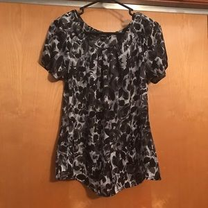 Element Tops - Elementz black & gray floral silky top