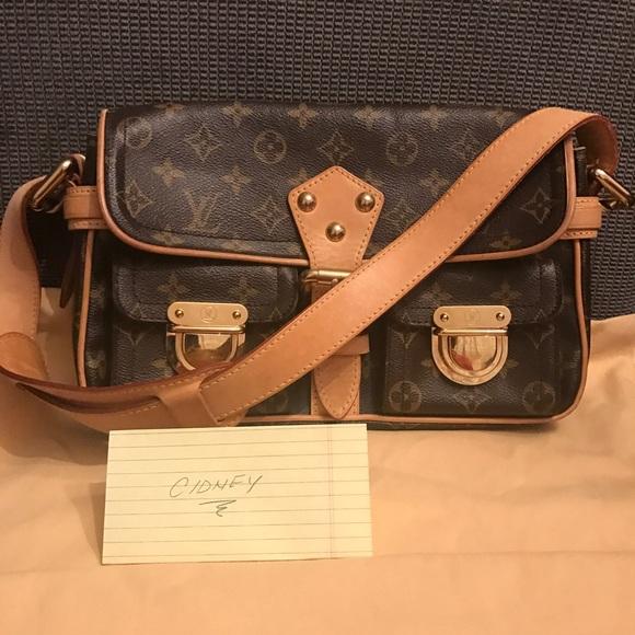 c6b951d7d0e Louis Vuitton Bags   Hudson Pm   Poshmark
