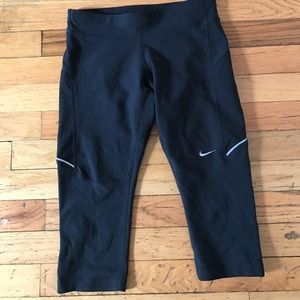 Nike Pants - NIKE Black Dri Fit running crops / XS