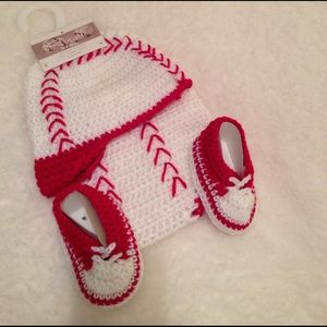 So Dorable Other - 💥REDUCED💥 Crocheted Set for Babies/Newborns