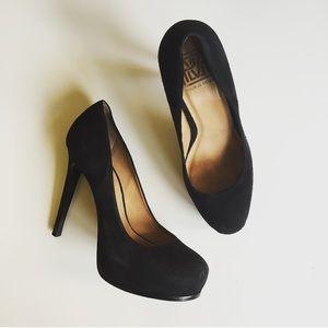 Pour la Victoire Shoes - Pour La Victoire Suede Pumps