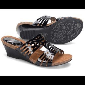 Sofft Shoes - 🌷NIB Sofft Venice Sandals