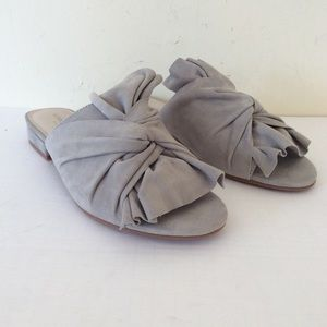 Kenneth Cole Shoes - Kenneth Coles Violet Sandals NWT Light gray