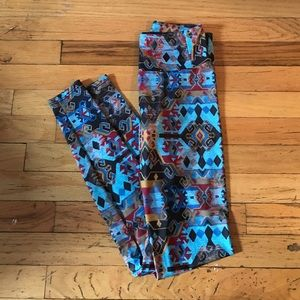 Onzie Pants - ONZIE Tribal print yoga leggings XS
