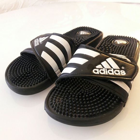 purchase cheap 13eff df975 Adidas Shoes - adidas Adissage Womens Slides