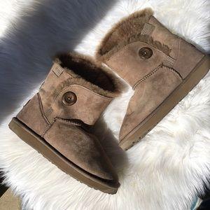 Emu Shoes - Emu boots