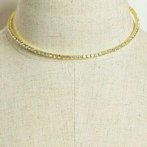 Jewelry - GOLD rhinestone choker