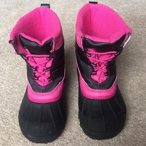 Carter's Other - Carter's snow boots - Size 8