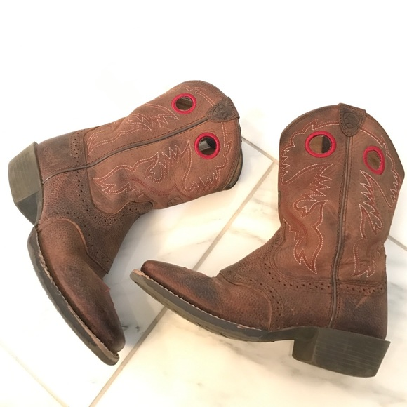b4922d23fef Ariat kids boys girls boots square toe size 1.5