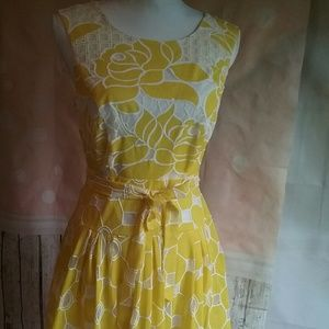 Robbie Bee Dresses & Skirts - Robbie Bee Yellow cut out Embroiderd summer dress