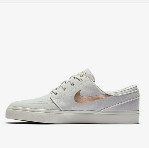 authentic quality best sale best sale HP🎉Nike SB Zoom Stefan Janoski canvas shoes NWT