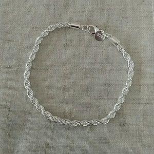 Jewelry - NWT: 925 marked Sterling silver bracelet