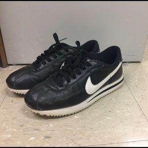 newest fef48 1316c ... Nike Cortez ...