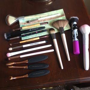 ELF Other - Huge Brush Lot + Bag