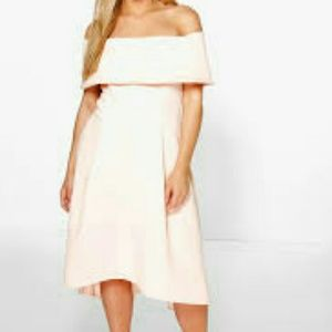 Boohoo Plus Dresses & Skirts - Boohoo Plus Off-the-shoulder High-Low Dress
