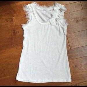 NWOT Cute white shirt