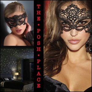 Accessories - 🎭 Black Lace Mask 🎭