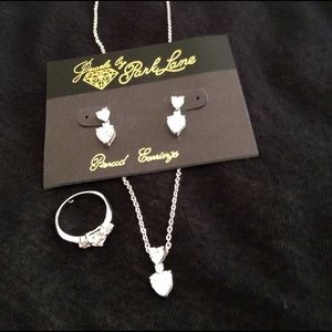 Park Lane Jewelry - Necklace, earrings and ring set