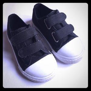 Airwalk Other - Airwalk Velcro Closure Sneakers size 7