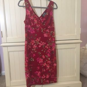 City Triangles Dresses & Skirts - Red Famine Floral Dress Size Large