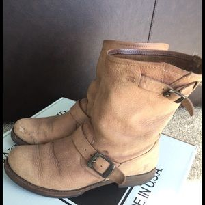 Frye Shoes - FRYE BOOTS! Veronica slouch short - gently used
