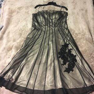 Sangria Dresses & Skirts - Black &Taupe Sangria Dress