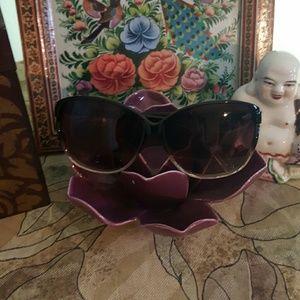 Cynthia Rowley Accessories - Cynthia Rowley Cat Eye Sunglasses