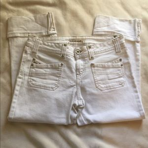 Denim - White cuffed capris