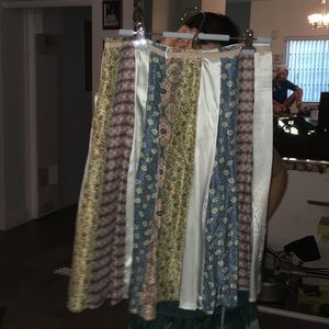 Jijil Dresses & Skirts - 100% stunning silk skirt in 9.5/10 condition