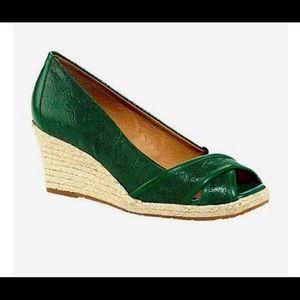 Nurture  Shoes - Nurture Antonia 💚💚💚 61/2 Spring Green!