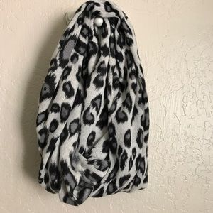 Autumn Cashmere Accessories - NWT Autumn Cashmere infinity scarf leopard print