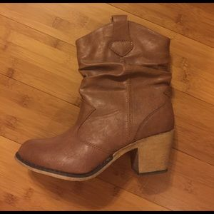 Shoes - Mini Cowgirl Boots