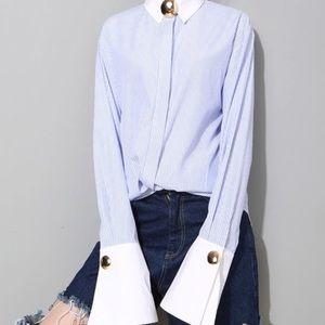 Tops - 🆕amaziiiing shirt!