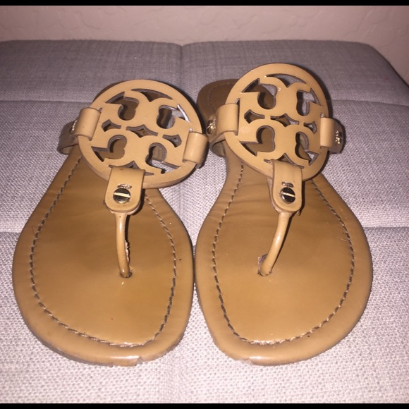 e180d1d62 DO NOT BUY! Tory Burch Miller Sandal. M 58dda59dea3f36f0a4009946