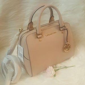 Michael Kors Handbags - NWT* Michael Kors Jet Set Travel Medium Satchel *