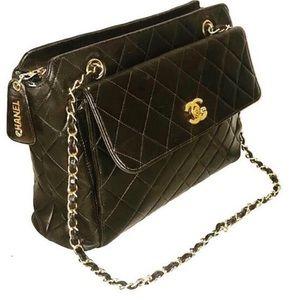 CHANEL Handbags - Authentic Chanel Vintage Lambskin Shoulder Bag