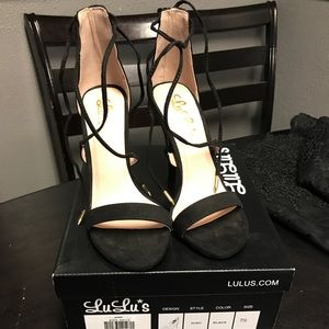 Lulu Shoes - Lulus strapped heels 7.5