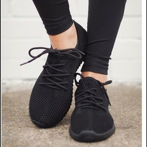 AMALIA sneakers - BLACK