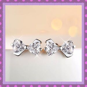 Boutique Jewelry - 🎀GORGEOUS Cubic Zirconia Silver Bow Earrings🎀