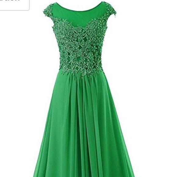 Dresses | Emerald Kelly Green Prom Dress | Poshmark
