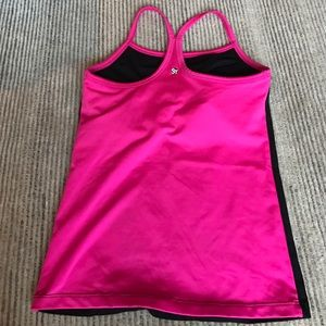 Strut This Workout Top W/ Built-In Sports Bra
