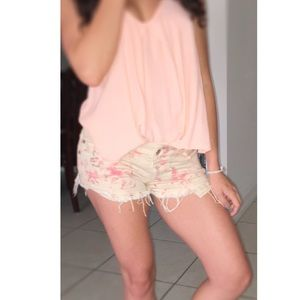 Brandy Melville Pants - SPRING SALE* NWOT Brandy Melville Flower Shorts