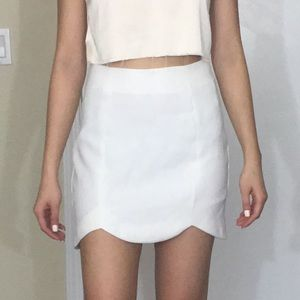 KEEPSAKE the Label Dresses & Skirts - Keepsake the label white scalloped mini skirt