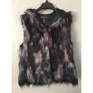 INC International Concepts Faux Fur Vest